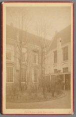 De binnenplaats van het Stedelijk Gymnasium,