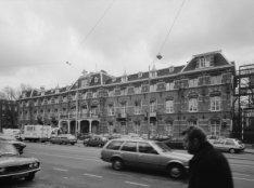 Linnaeusstraat 89, voormalig Burgerziekenhuis, voorgevel