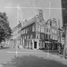 Herenstraat 32 (ged.) - 40 v.r.n.l. Links Keizersgracht ca 77 - 95A