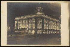 Het Hirsch-gebouw, Leidseplein 23-39 en links Kleine-Gartmanplantsoen 2