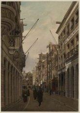 Warmoesstraat 198-180 en links Warmoesstraat 183, onderdeel van Hotel Krasnapols…