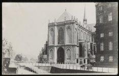 Nieuwezijds Voorburgwal 147 (ged.), het Koninklijk Paleis gezien naar het noorde…
