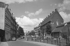 De Valkenburgerstraat gezien in noordelijke richting vanaf de Markusbrug (Brug 2…