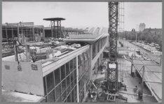 Europaplein 8. Uitbreiding van de RAI door ophoging met een extra verdieping
