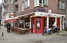 Elandsgracht 45, café en terras In de Jordaan