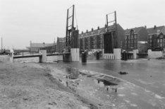 Wittenburgervaart, Ezelsbrug (brug 1904) met in het verlengde van de brug de Nie…