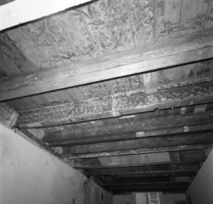 Keizersgracht 71, beschilderd houten balkenplafond uit ca 1630