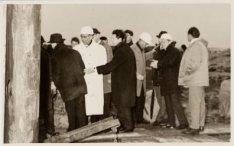 Ter gelegenheid van het slaan van de 1e paal in Bijlmermeer A door Mr G. van Hal…