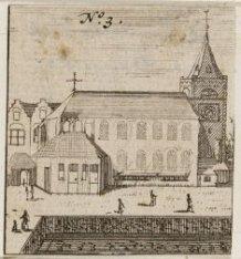 De Presbyteriaanse Engelse- of Begijnenkerk uit 1419 op Begijnhof 48, gezien van…