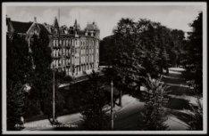 's- Gravesandeplein. Uitgave J. Sleding, Amsterdam