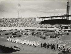 Bevrijdingsspelen in het Olympisch Stadion op het Stadionplein. Foto 8 uit album…