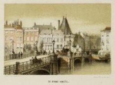 De Halvemaansbrug over de Amstel met in het verlengde daarvan de Kloveniersburgw…