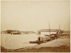 Spoorwegbrug o/h Noordzeekanaal nabij Zaandam, uit het Z.W. November 1875