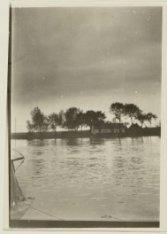 Amstel met erachter Ouderkerkerdijk 140