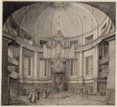 Het interieur van de Ronde Lutherse Kerk gezien naar het orgel en de spreekstoel