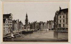 Amstel gezien naar Muntplein en Munttoren