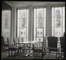 Apollolaan 15, Rijksverzekeringsbank uit 1937-'39, interieur met gebrandschilder…