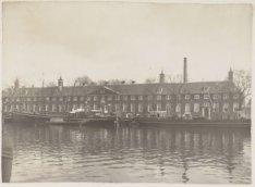Het Nederlands-Hervormd Bejaarden- en Verzorgingstehuis, na 1945 Amstelhof, Amst…