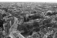 Panorama vanaf Westertoren, vooraan Keizersgracht 181-235, links de Raadhuisstra…