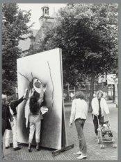 Werk van Henriëtte S. op de Noordermarkt, geplaatst ter gelegenheid van de herde…