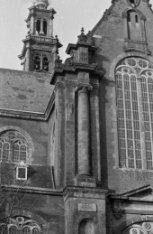Prinsengracht 279, de Westerkerk met Westertoren gezien vanaf de Westermarkt