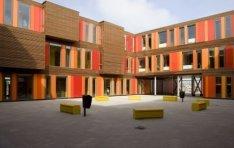 Stavangerweg 902, exterieur semi-permanent gebouw Het 4e Gymnasium, gezien vanui…
