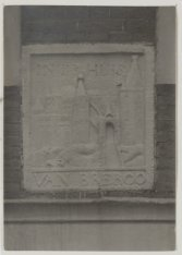 Westerstraat 34 met de gevelsteen uit 1710 In `t huis van Bredero