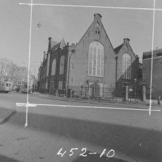 Singel 411, de Oude Lutherse Kerk. Links het Spui