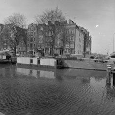 Korte Prinsengracht 2 - 16 v.r.n.l. en rechts van het hoekhuis Haarlemmer Houttu…