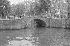 Reguliersgracht 35-39, Keizersgracht 663 (ged.)  en Brug 39