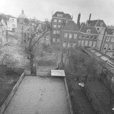 Herengracht 28 (ged.) - 48 (ged.), achtergevels en achtertuinen, gezien vanaf Ke…