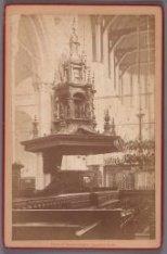 Dam 12. Interieur van de Nieuwe Kerk met gezicht op de preekstoel