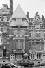 Roemer Visscherstraat 30 -  32 (ged.) v.r.n.l., op de nummers 30 en 30A de Zeven…