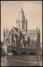 Amstel, Nieuwe Amstelbrug en St. Willibrorduskerk