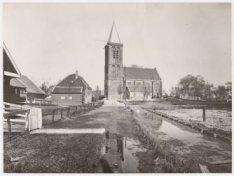 De Nederlands-Hervormde kerk, Achterlaan 12, in Zunderdorp