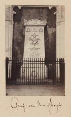 Het praalgraf van Johannes Carolus Josephus van Speyk in de Nieuwe Kerk. Half-st…
