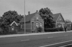 Kadoelenweg 88 - 90 v.r.n.l. (Later Zuideinde 88 - 90 Landsmeer)