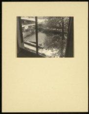 Uitzicht vanuit Keizersgracht 8-II. Links een spionnetje