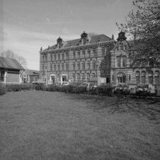 Haarlemmerweg 8-10