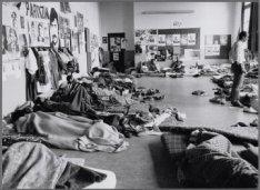 Zeeburgerdijk 23. Hongerstaking van zestig Turken in buurt- en jongerencentrum O…