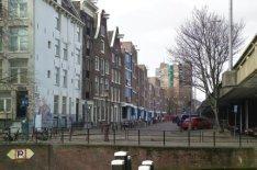 Haarlemmer Houttuinen 257-393 (v.l.n.r.) gezien naar Buiten Oranjestraat met het…