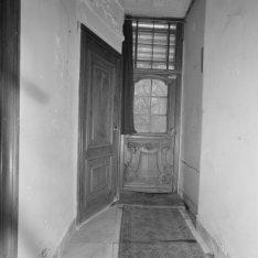 Keizersgracht 414, gang met deur naar de tuin