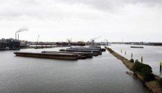 De Nieuwe Houthaven gezien in noordwestelijke richting vanaf het REM-eiland naar…