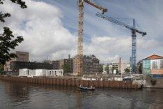 Bouw van De Makroon, met vrije sectorappartementen, zorgappartementen en commerc…