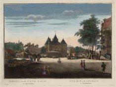 De Nieuwmarkt gezien vanaf de Sint Antoniesbreestraat, met de Sint Antonieswaag.…