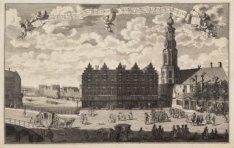 Gezicht op de Schapen Markt naer den Reguliers Toren, de Munt, en een gedeelte v…