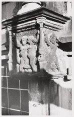 Exterieur, Nieuwe Kerk. Een ornament aan het noorder transept. Achterzijde Nieuw…