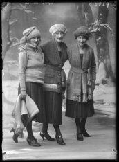 Wintermode 1920 bij Hirsch & Cie, Leidseplein