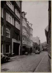 Derde Looiersdwarsstraat 2-12 (ged.) (v.r.n.l.), gezien in noordwestelijke richt…