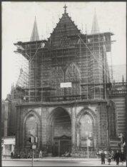 Nieuwezijds Voorburgwal 143, de Nieuwe Kerk, tijdens restauratie van de gevel va…